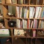 豆こ食堂 やむなし - 絵本。店内で読むもよし、買うもよし。