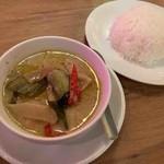 109961610 - 鶏肉のグリーンカレーS、タイ香り米