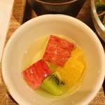 丸の内 タニタ食堂 - セットフルーツ