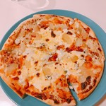 ロマンティコ ロマンティカ - 4種のチーズと洋梨のピザ