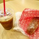 オギノパン - 料理写真:あげぱん+アイスコーヒー