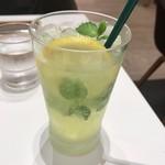 ネスカフェ - グリーンレモネード   500円