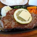 ステーキ食堂 ミートソルジャー - 料理写真:牛ロースステーキ