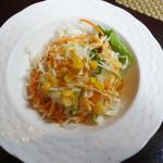 インド・ネパール料理 SITA - セットのサラダ。