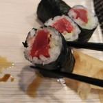 玄海鮨 - 鉄火巻  です