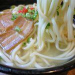 富久屋 - 沖縄そばの麺