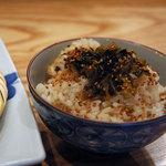醍醐 - 白米が切れてて茶飯で高菜ご飯