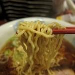 一蔵 - 醤油らーめん 麺