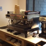 ROKUMEI COFFEE CO. NARA - エスプレッソマシーン