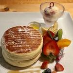円山ぱんけーき - 天使のパンケーキ ドリンク付き ¥1,500