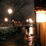 11203 - 夕闇に包まれた風情ある主計町界隈…