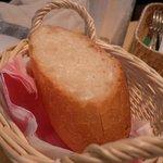 イタリアン食堂 ヒロ - パン