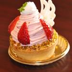 ル プティパレ  - 苺のモンブラン