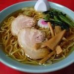 大輦 - 料理写真:ラーメン(500円)