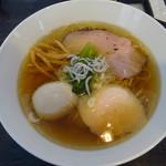 110004702 - 煮干soba味玉  900円