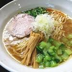 麺処 たまりや - 料理写真:鶏白湯ラーメン  味玉トッピング
