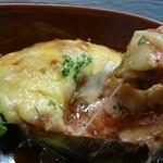 本格炭火串焼 あおば - 丸茄子のトマトチーズ焼き