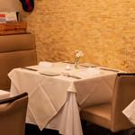 リストランテ ラ チャウ - 四角テーブル