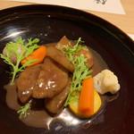 110023047 - 4.大根餅、八丁味噌と赤ブドウのソースで。 大根餅がお肉のよう。八丁味噌ベースのソースが好み。コクがあります。