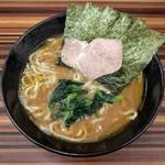 家系ラーメン 教道家 - 料理写真:らーめん(600円)