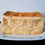 熟成純生食パン専門店 本多 - 雅