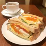 上島珈琲店 - ミックスサンド、コーヒー