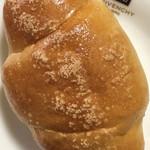 はーとやのパン - 塩パン