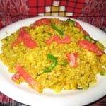 インド家庭料理 サンタナ - ライスに野菜・ウコンが入った焼飯。ウコンライス。
