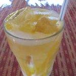 インド家庭料理 サンタナ - マンゴ&ラッシー