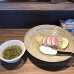 中華そば鷸 - 料理写真:鴨と蛤出汁のつけそば
