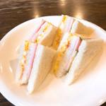 山登寿 - サンドイッチ