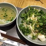110052210 - 朝のタイの和え麺(センレックヘーン)