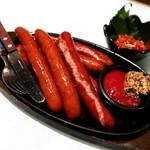 炭火焼き鳥と博多野菜巻き串 個室居酒屋 結 - 鉄板ソーセージはおすすめ!