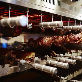 旨味と栄養タップリの【牧草牛】をこだわりの機械&焼き方で!