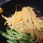 うまかラーメン - 麺アップ