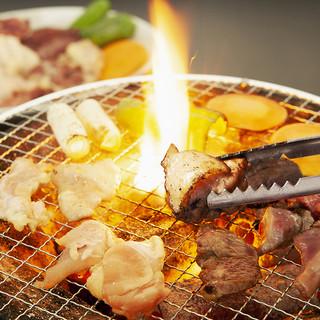 炭火でジューシー◎七輪で焼くスタイルの焼鳥