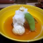 110072409 - 賀茂茄子と小芋の揚げ煮・・賀茂茄子は油に合いますし、少し濃いめのおだしと合います。