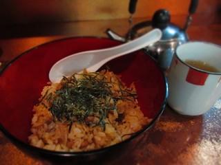 鳥平 - 鶏めし 430円(税別)