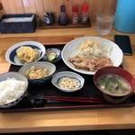 まつばら - 料理写真:日替わり定食(肉)¥750-