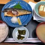 新蔵 - 鯖塩焼き定食(600円)+納豆(80円)