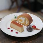 ドルチェメンテ プラス カフェ オット アゴスト - 料理写真:プリン&マンゴーヨーグルトロール☆