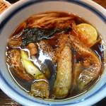 瀬戸内製麺710 - 大阪ブラックUDONでっせぇ~(つけ汁)