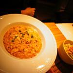 モカカフェ - ランチセットは、小鉢・スープ・サラダ付き。