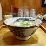 110101645 - [2019/05]肉なしそば・中細麺・中(450円)