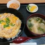 鳥勝 - ランチタイム親子丼 500円