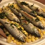 交番通り四十 - 今日の土鍋ご飯は鮎とトウモロコシ