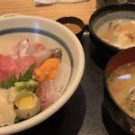 海鮮家 海進丸 - 厳選海鮮丼