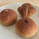 季節の酵母パン punch - ふすま系あんぱん