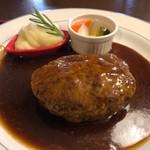 とんかつ&ハンバーグ たくとみ - 料理写真:ハンバーグデミグラスソース定食 1382円。