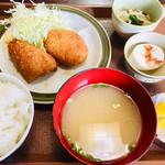 たのし家 - ミックスフライ定食、甘鯛、コロッケ